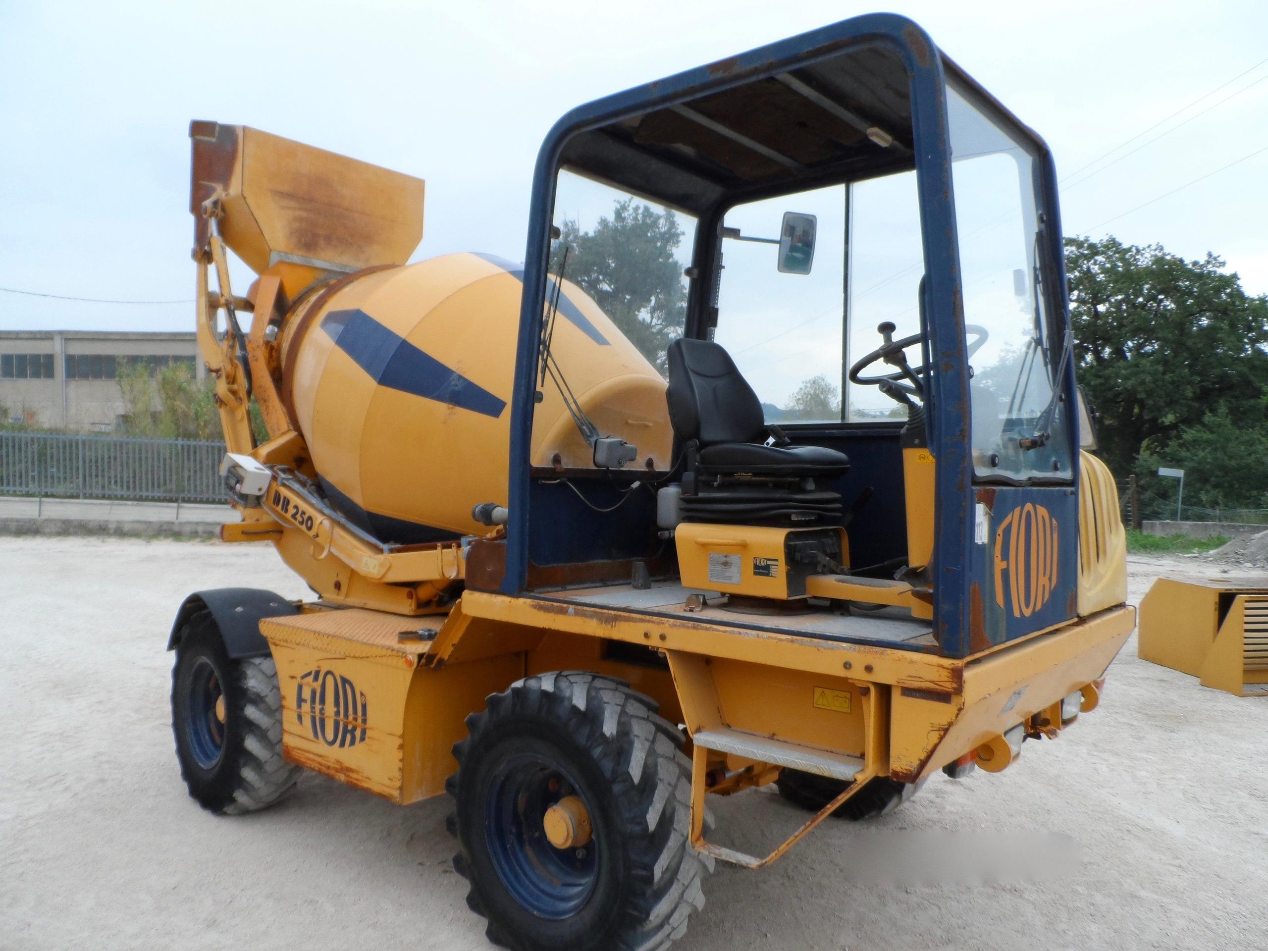 2003 - Fiori DB250S