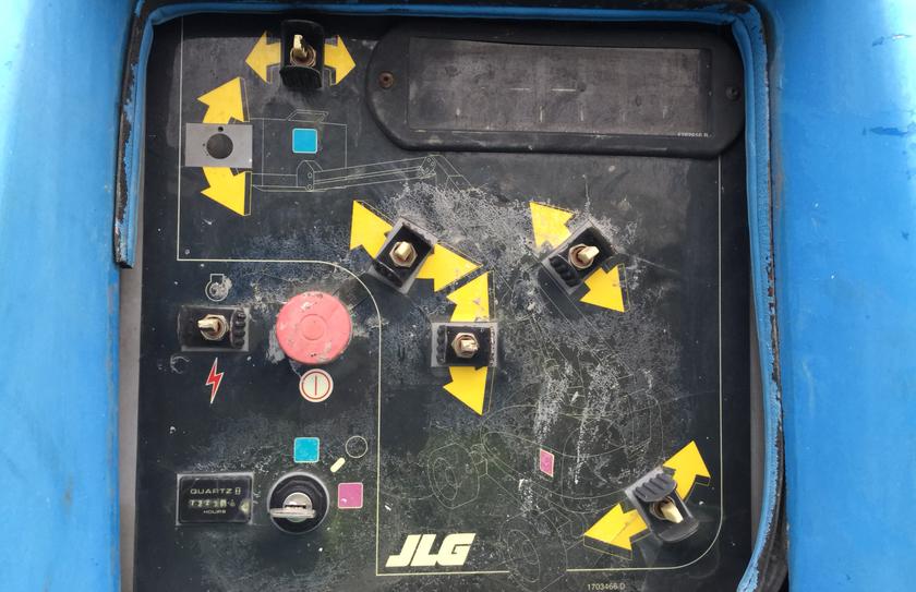 2001 JLG 660SJ